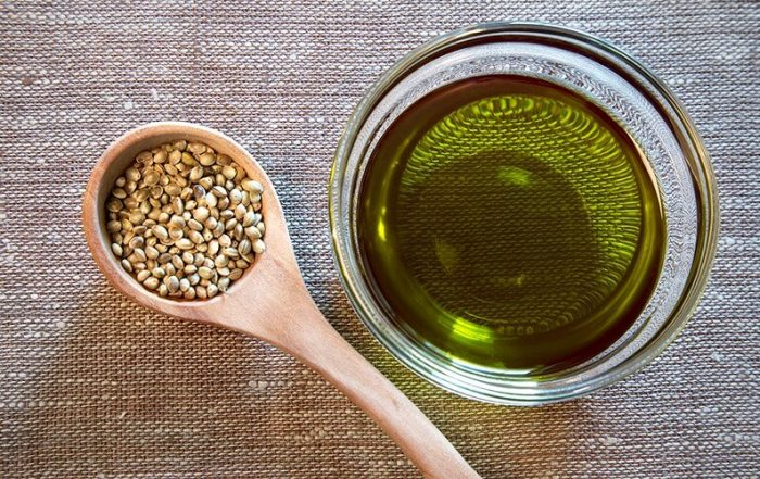 Hemp Seeds and Pure Oil Extract